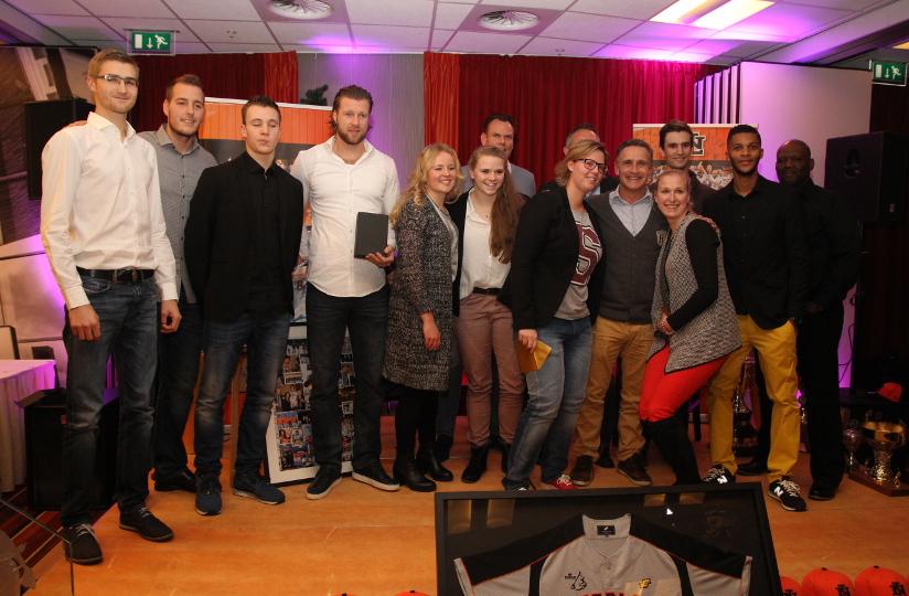 Alle bij de uitreiking aanwezige winnaars van de Stars Awards 2014